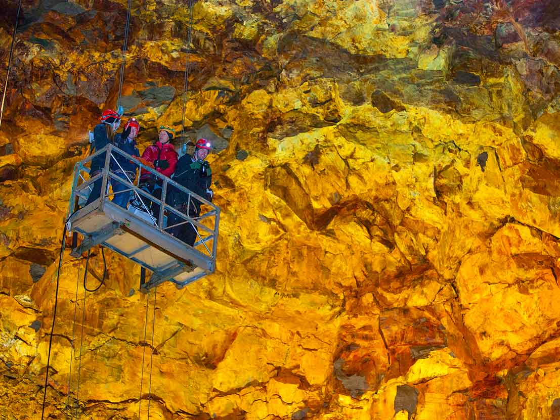 Thrihnukagigur Volcano Explore Private